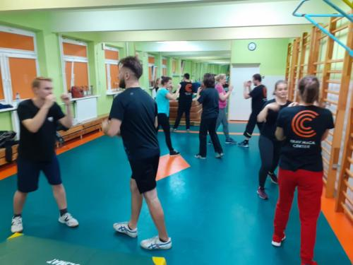 Krav Maga Center Warszawa treningi dorosłych01
