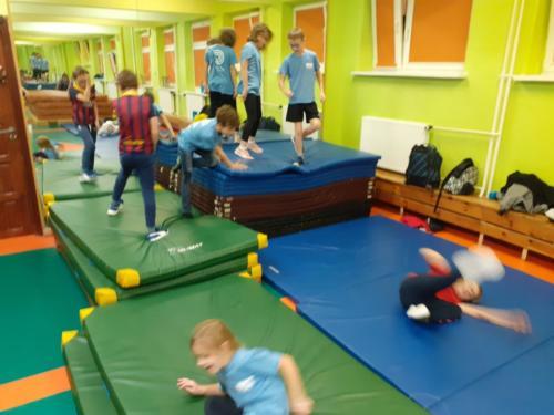 Treningi dla dzieci w klubie Krav Maga Center 02